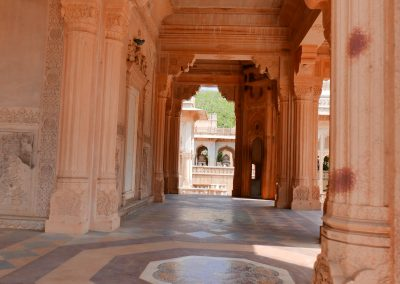 Columns Gaitore Memorials of Kings Jaipur