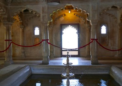 Fountain & birdcages city palace udaipur