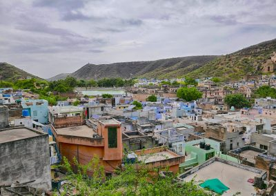 Rooftop view over Bundi to the lake