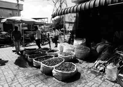 Madurai Flower market Blooms sellers bw
