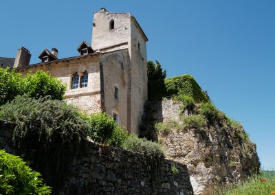St Cirq Lapopie house on the hill