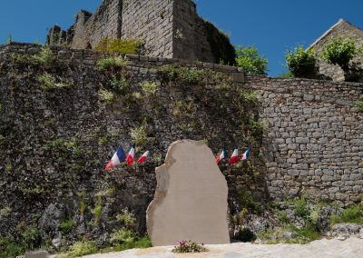 St Cirq Lapopie war memorial